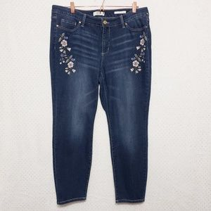 """Floral Embroidery*""""Boho Skinny Ankle""""Jean*NWT"""